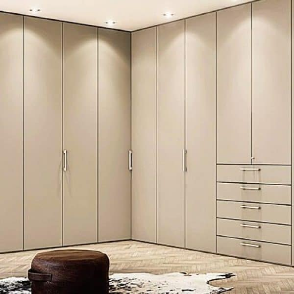 High quality made to measure corner Built in Wardrobe