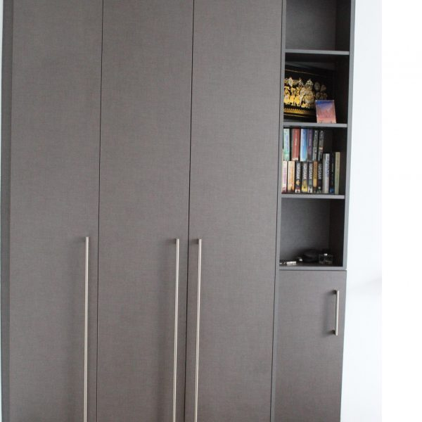 Made-to-measure contemporary hinged door wardrobe by iwardrobes.co.uk