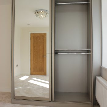 Built in sliding door mirror wardrobe