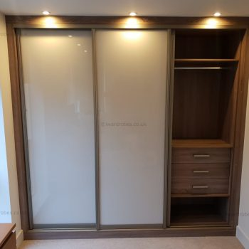 Fitted sliding door wardrobe company